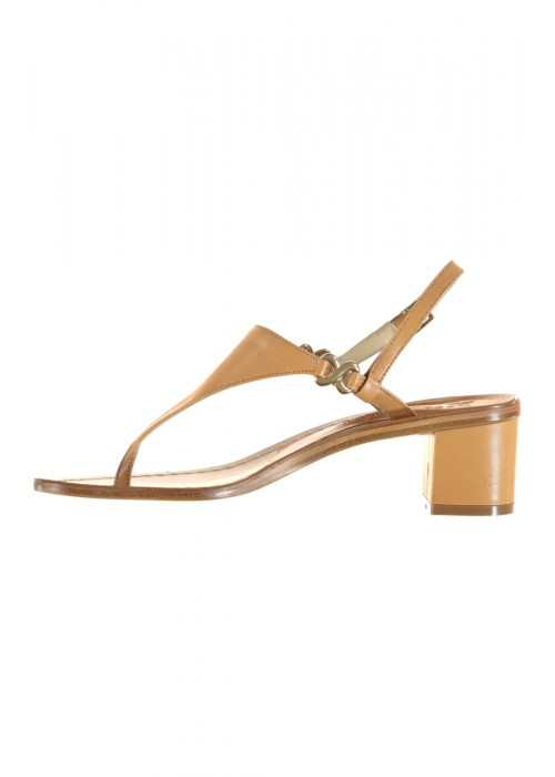 Vincenzo Ferrara - Leather Thong Sandal On A Medium Heel