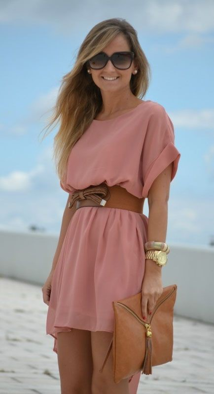 utting a belt with a baggy dress brings in the waist and adds an easy accessory to your outfit!: